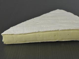 Brie québécois